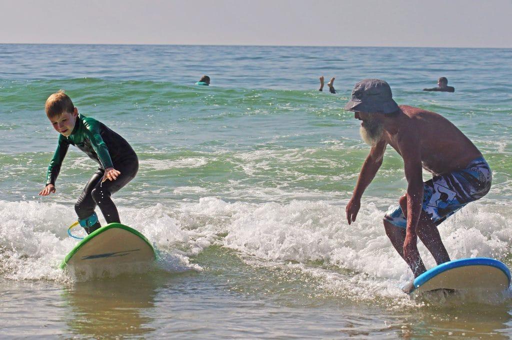 cour enfant surf maroc